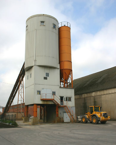 Werk 2 - Bremen<br /> Hansa Beton GmbH &#038; Co. KG Windhukstraße 31 28327 Bremen